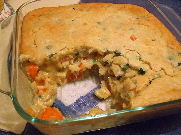 Super Yummy Chicken Pot Pie. Photo by VickyJ