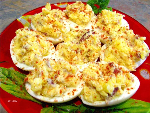 Deviled Eggs Delight (Atkins Friendly - Low Carb). Photo by Derf