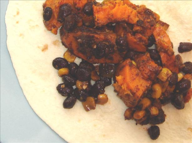Black Bean and Sweet Potato Burritos (Slow Cooker). Photo by Hadice