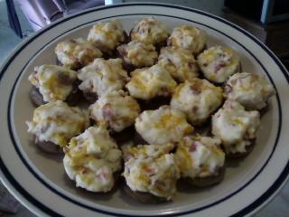 Bacon Cream Cheese Stuffed Mushrooms. Photo by paris61795