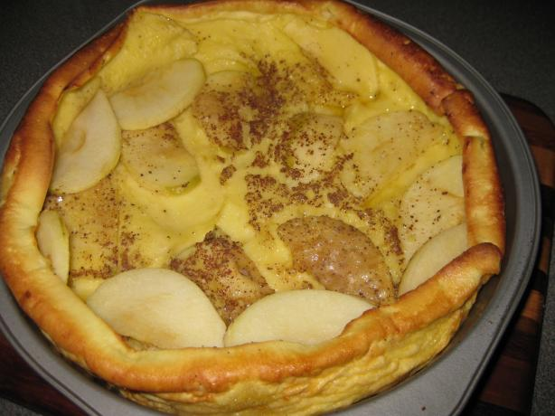 Kittencal's German Apple Puff Pancake. Photo by Janni402