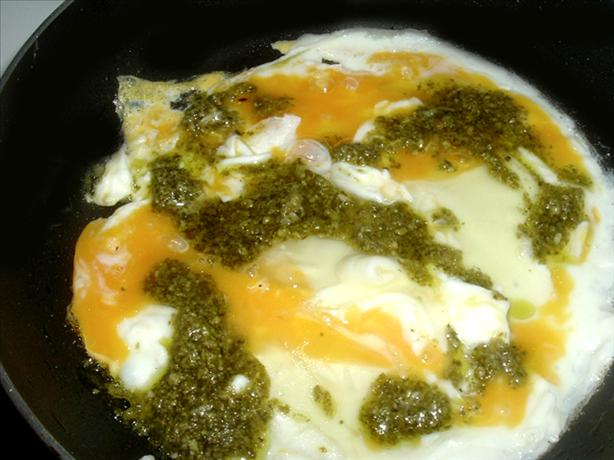 Pesto Rippled Scrambled Eggs. Photo by Bergy