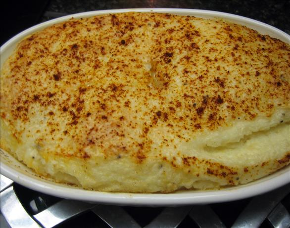 Garlic Cheese Grits. Photo by Junebug
