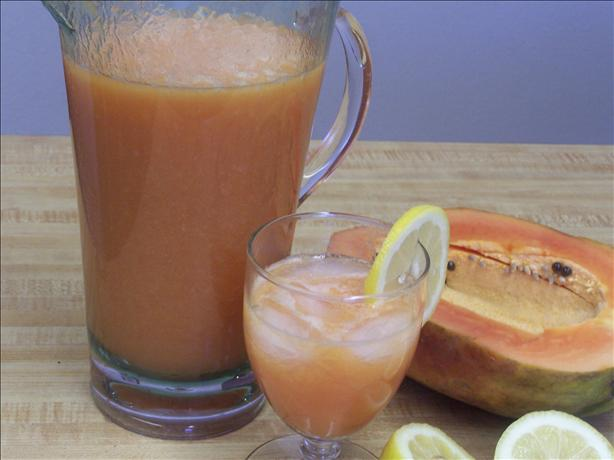 Papaya Lemonade. Photo by PaulaG
