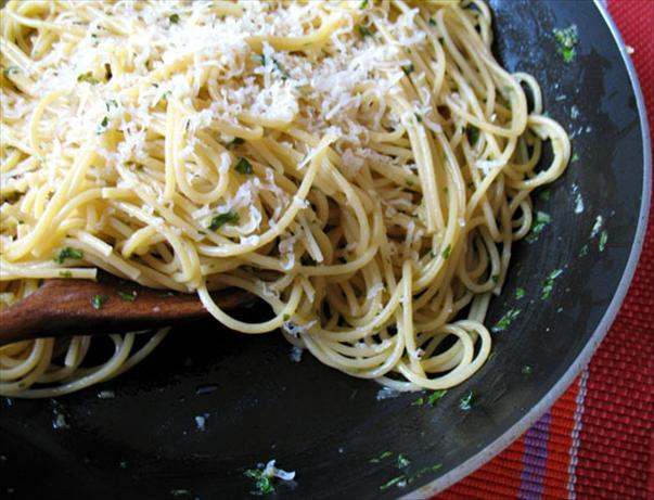 Garlic Spaghetti Sauce. Photo by -Sylvie-