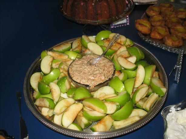 Skor Chip Apple Dip. Photo by staceyelee
