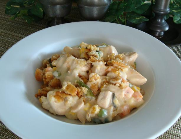 Easy Creamy Sour Cream Chicken Casserole. Photo by SloppyJoe