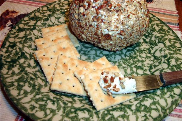 Ranch Chicken Cheese Ball With Pecans. Photo by MsSally