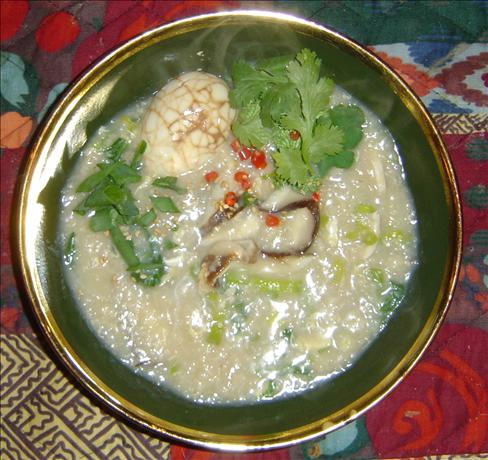 Rice Congee With Chicken. Photo by Pets&#39;R&#39;us