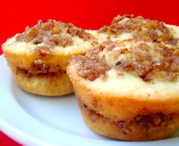 Coffee Cake Muffins. Photo by Roxanne J.R.