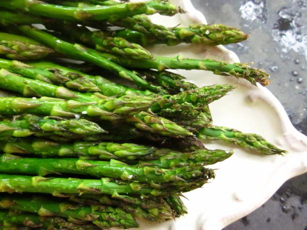 Oven Roasted Asparagus With Garlic. Photo by gailanng