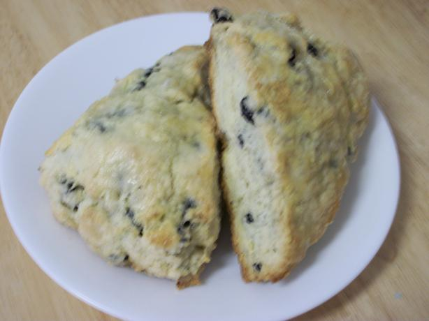 Blueberry Scones. Photo by quirkycook