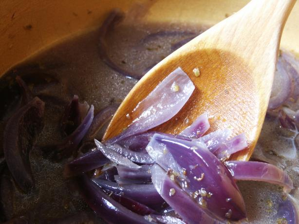 Andreas Viestad's Norwegian Red Onion Soup With Port and Jarlsbe. Photo by kiwidutch