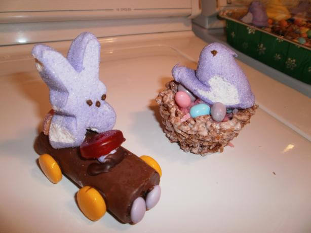 Chick & Egg Krispies Nest Easter Treats. Photo by CIndytc