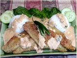 Fried Catfish With a Creamy Thai Sauce