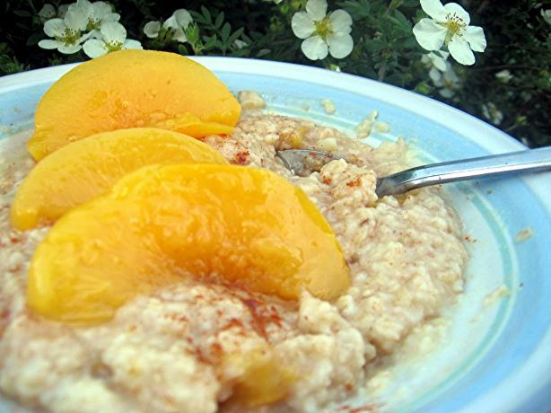 Peach Oatmeal. Photo by Dreamer in Ontario
