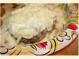 Steaks With Sherried Crab Cream