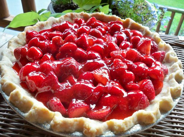 Big Boy's Strawberry Pie. Photo by Lainey6605