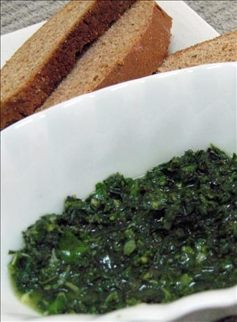 Pistou Sauce or French Pesto ( Vegan ). Photo by Enjolinfam