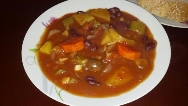 Hearty Vegetable Stew. Photo by ileanatr