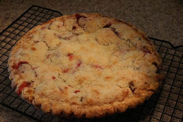 Simply Fantastic Rhubarb Custard Pie. Photo by Susang