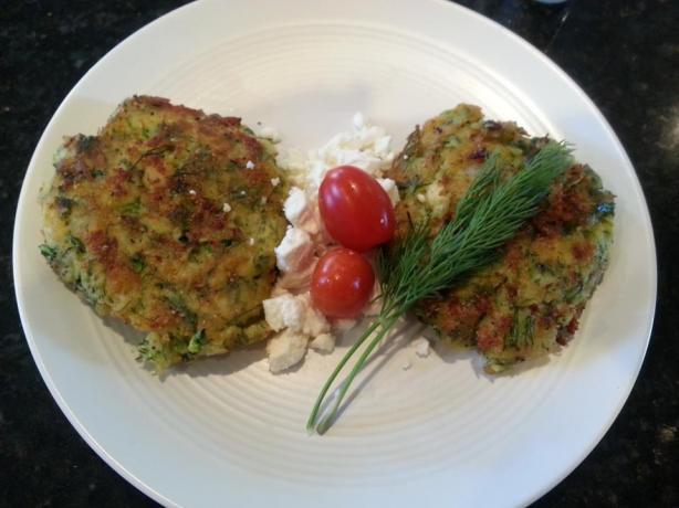 Kabak Mücveri (Turkish Zucchini Fritters). Photo by turkish-food-lover