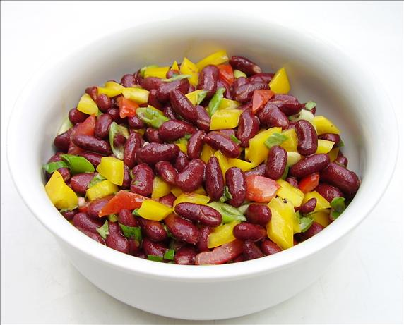 Colorful Kidney Bean Salad. Photo by Inge 1505
