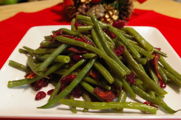 Holiday Beans With Cranberries. Photo by Redsie
