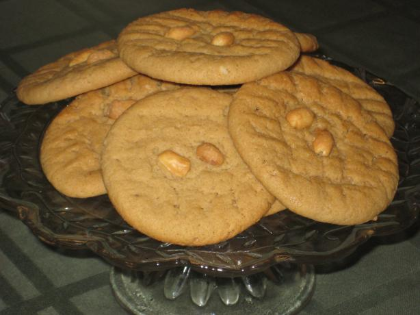Peanut Butter Cookies. Photo by DeeVaFoodie