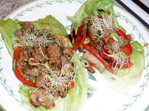 Moo Shu Beef Lettuce Cups - 4 Points. Photo by mickeydownunder