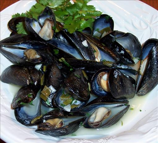 Mussels in White Wine and Garlic. Photo by Hey Jude