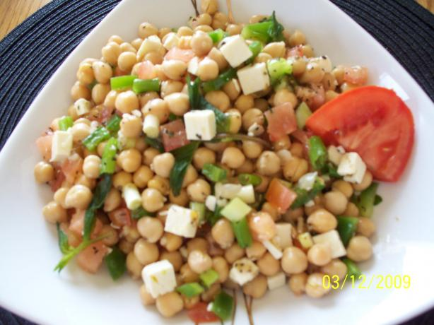 Herbed Chickpea Salad. Photo by Dotty2