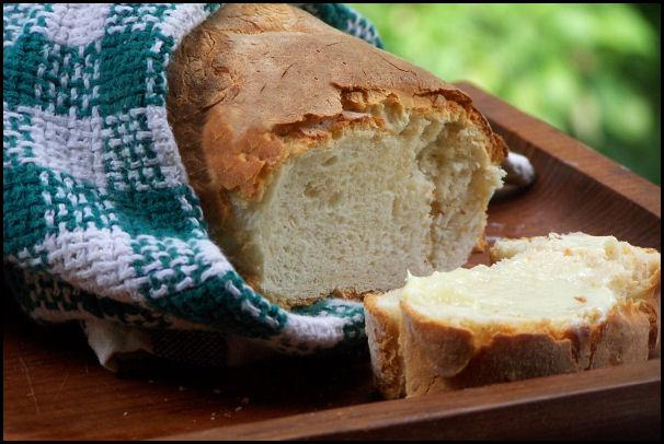 French Bread With Roasted Garlic. Photo by NcMysteryShopper