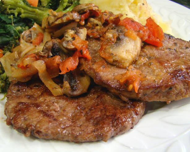 Easy Beef Liver With Onion and Tomato. Photo by Derf