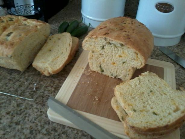 Kittencal's Jalapeño Cheddar Cheese Bread. Photo by daniibeth