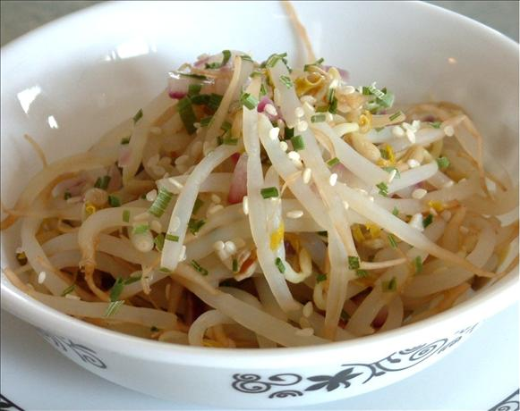 Korean Bean Sprouts. Photo by Bebou