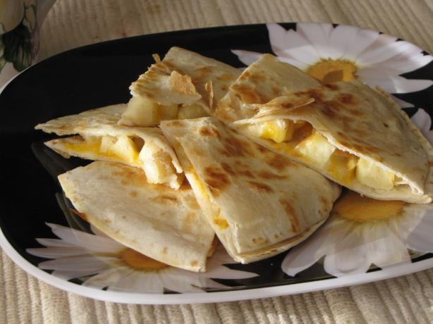 Cheesy Apple Breakfast Quesadillas. Photo by loof