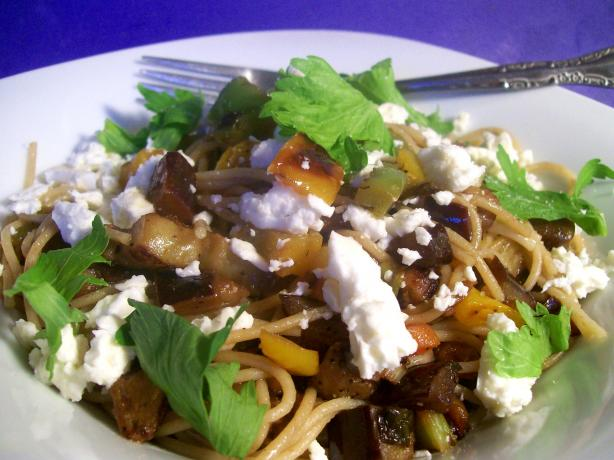 Greek-Style Spaghetti. Photo by Sharon123
