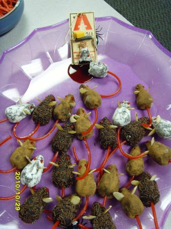 Chocolate Halloween Mice. Photo by ChocolateTart