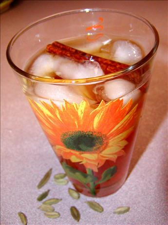 Cinnamon & Ouzo Iced Tea. Photo by Rita~