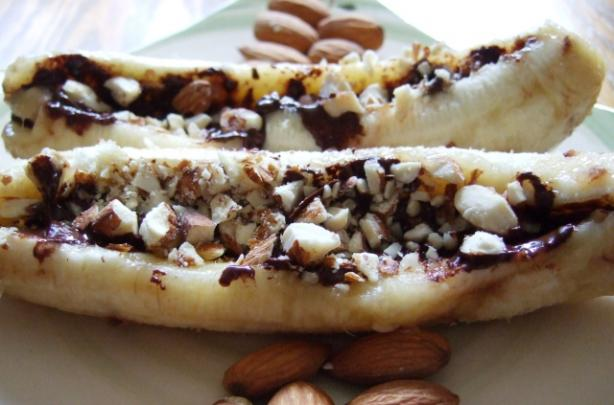 Chocolate & Macadamia Baked Bananas. Photo by HokiesMom