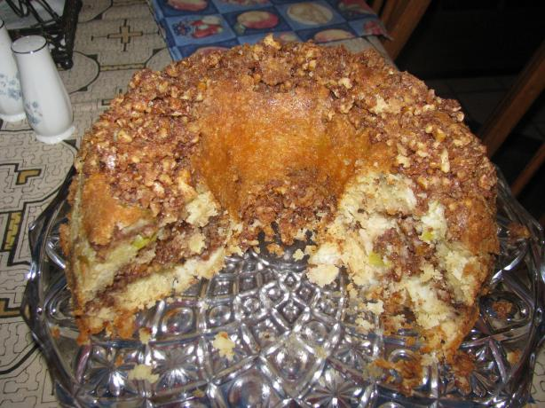 Apple Sour Cream Cinnamon Walnut Bundt Cake. Photo by teresamcconnell