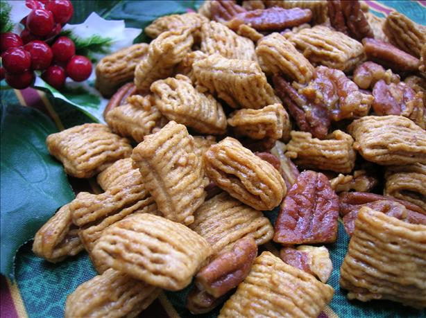 Praline Pecan Crunch Snack Mix. Photo by Pam-I-Am