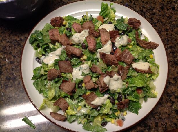 Healthy Lite Steak Salad. Photo by cmwigg