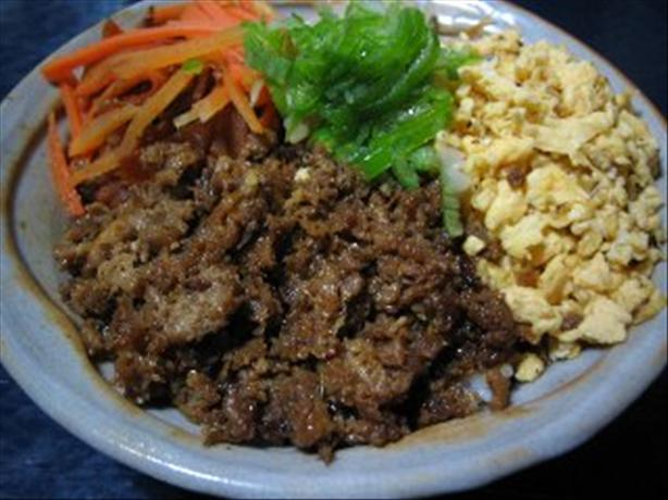 Teriyaki Would-Be Minced Chicken, Torisoboro, Bowl. Photo by T. Washoi