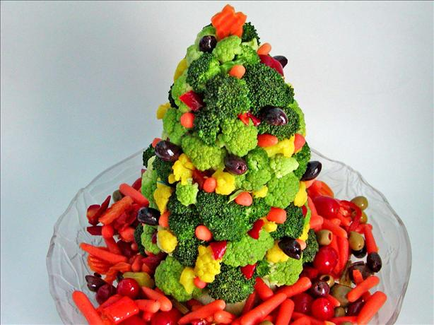 Christmas Tree Edible Centerpiece. Photo by Rita~