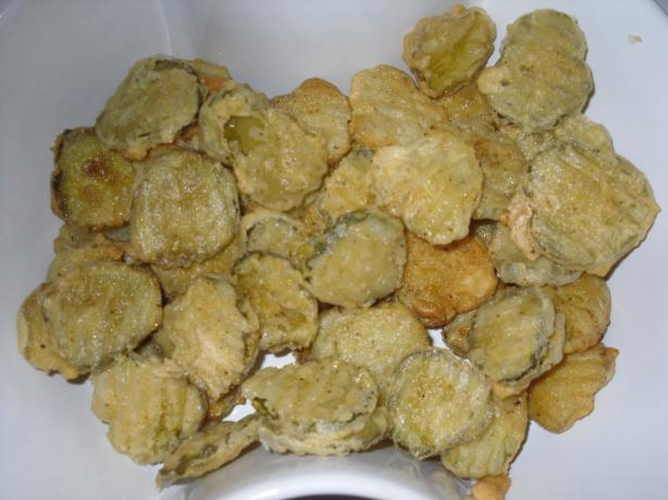 Fried Dill Pickles. Photo by Carli_hobbit