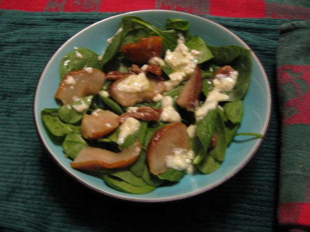 Baby Spinach, Pear and Walnut Salad. Photo by breezermom