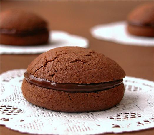 Gianduia  Sandwich Cookies (Chocolate-Hazelnut). Photo by GaylaJ