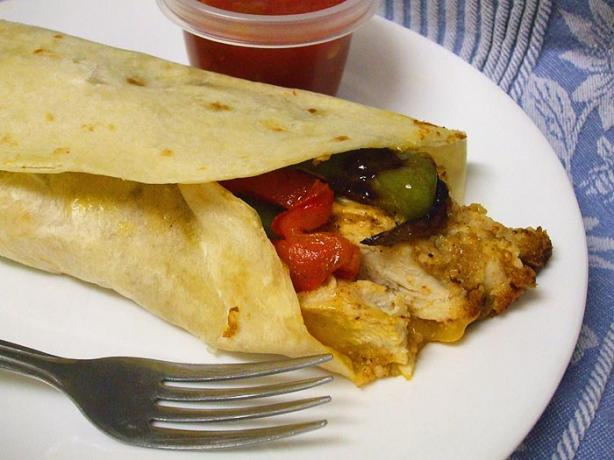 Grilled Chicken Fajitas. Photo by VickyJ